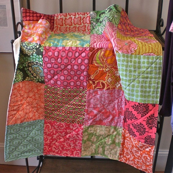 Baby Quilt  Modern Blanket for Baby Girl in by FernLeslieBaby