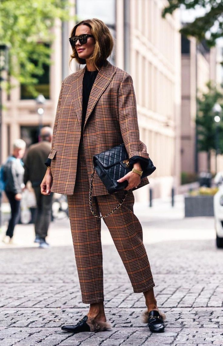 Incredibly Cool 40 Most Popular Pants Suit to Get Best Style vialaven.com/…