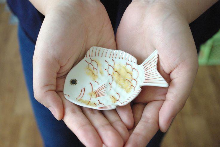 有田焼 豆皿 白鯛 縁起物 幸楽窯 , Small plate - Mamezara, Arita-yaki, Japan