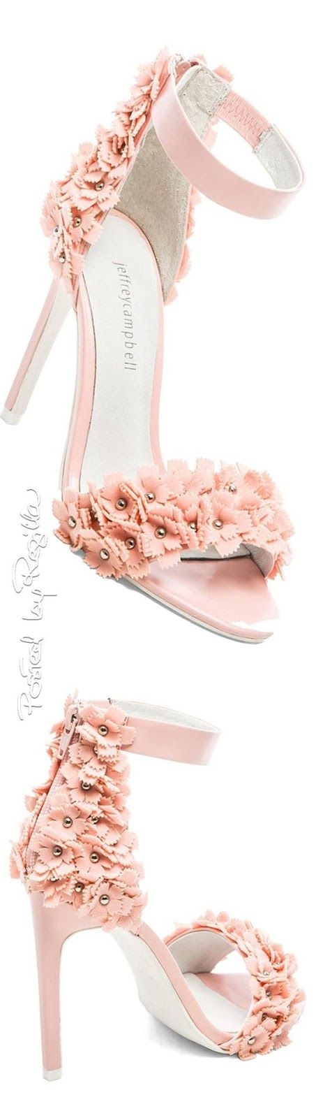 Efeito Agulha: sandálias...