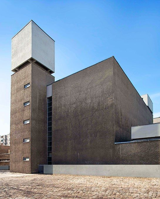 254 best Brutalist Architecture images on Pinterest Brutalist