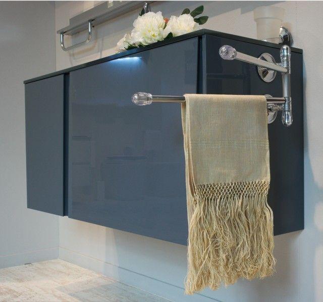 Oltre 25 fantastiche idee su piastrelle di vetro su - Ikea scaletta bagno ...