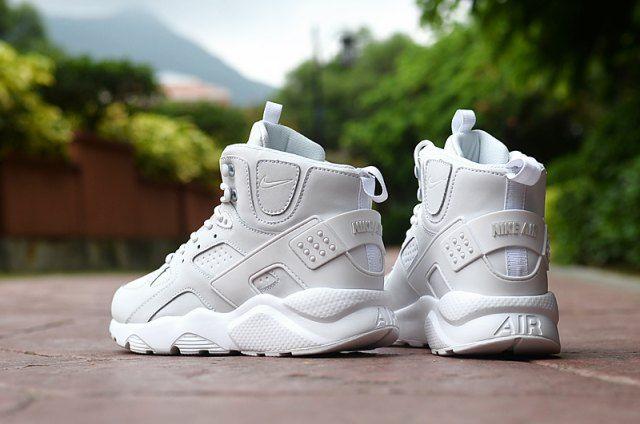 Running sport shoes, Nike huarache high