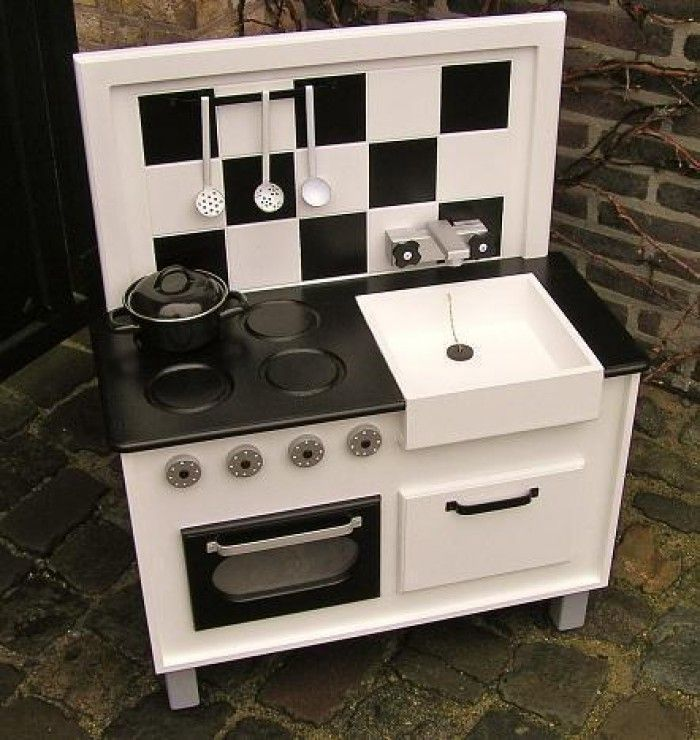 fabriquer une cuisine pour enfant sous une etoile enfant pinterest cuisine. Black Bedroom Furniture Sets. Home Design Ideas