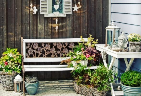 7 Easy Patio Decorating Ideas
