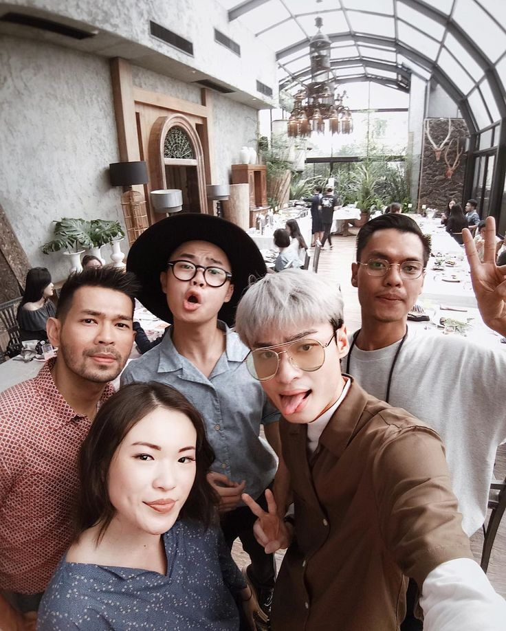 """1,271 Likes, 8 Comments - Lucky - #whywhiteworks (@luckyoetama) on Instagram: """"We had so much fun at Uniqlo """"A New Modern Heritage"""" event. So, let's take a #GroupSelfie to make…"""""""