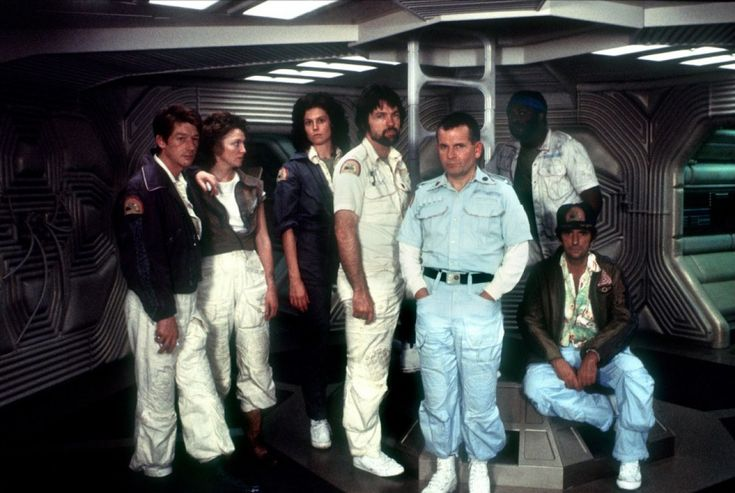 Tom Skerritt, John Hurt, Ian Holm, Veronica Cartwright, Sigourney Weaver, Yaphet Kotto and Harry Dean Stanton in Alien (1979)