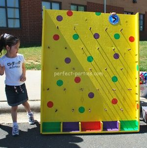 Carnival Plinko game for Relay.