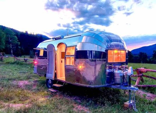 7 retro-chic Airstream renovations: