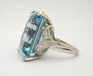 A beautiful aquamarine and diamond ring set in platinum. Circa 1940s. From Anthea AG Antiques.