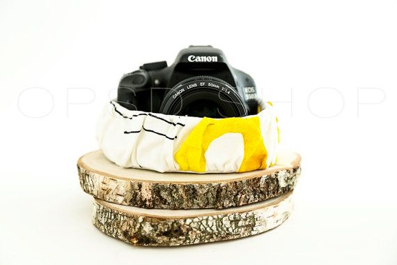Photographer Gift   Add style and personality to your photography equipment with this handmade cover camera strap. Could also be an original photographer gift idea ♥   DSLR cover camera strap sleeve   Canon/Nikon Cover camera strap   DSLR Camera Strap Cover Sleeve   Cover Camera Strap Photographer Gift