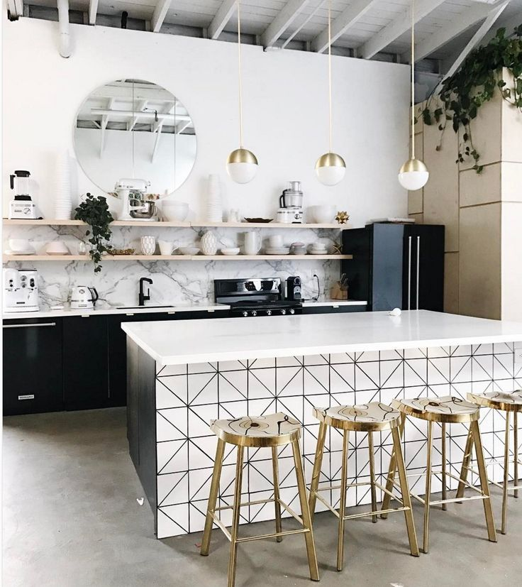 Love this kitchen. #thosegoldstools