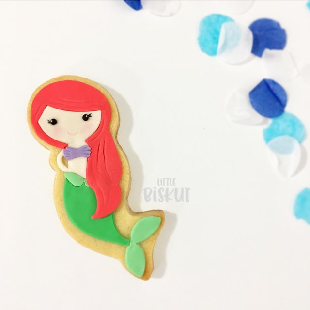Little Mermaid Ariel decorated cookies