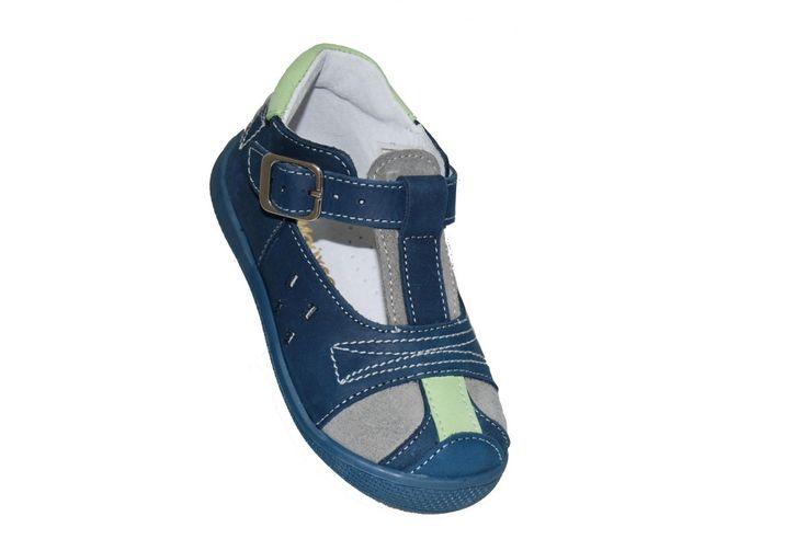 #kids #fashion Παπουτσοπέδιλο Μούγερ δερμάτινο, μπλε με ανατομικό πέλμα. www.mouyer.gr/…/…/collections/season2015S/itemA12059-6000-22