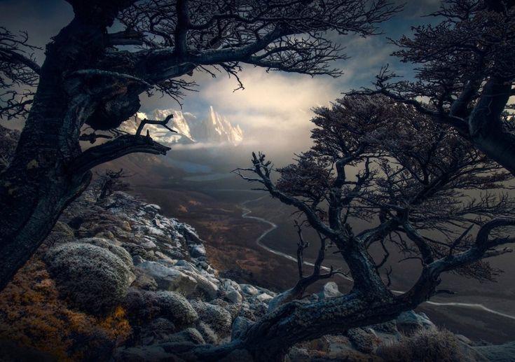 Fotografía de la serie ganadora del primer premio en el International Landscape Photographer of the year. Cerro Torre, Patagonia, Argentina. Max RIver.