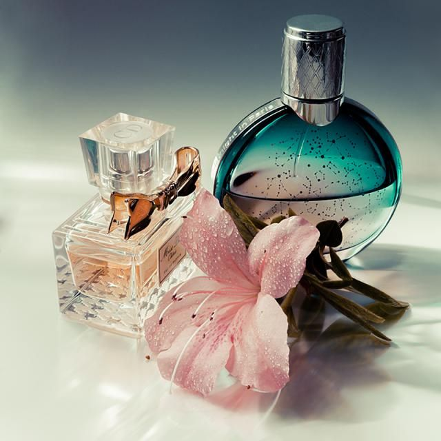 Differences between eau de toilette & eau de parfum, eau de cologne: #Perfume concentration http://fragrance.about.com/od/Fragrance-Basics/fl/What-are-the-differences-between-eau-de-toilette-amp-eau-de-parfum.htm  Fragrance.about.com Pic: #Fragrance composition by Osvaldo Gon (Oveja59)/Collecion/ Flickr.com/Creative Commons Licence/Some Rights Reserved