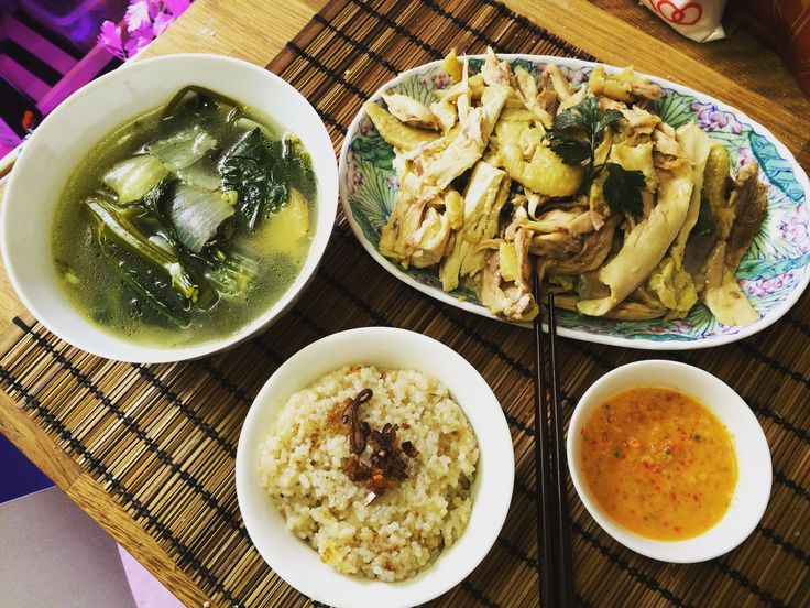 Hainanese chicken rice (Malaysia Style)