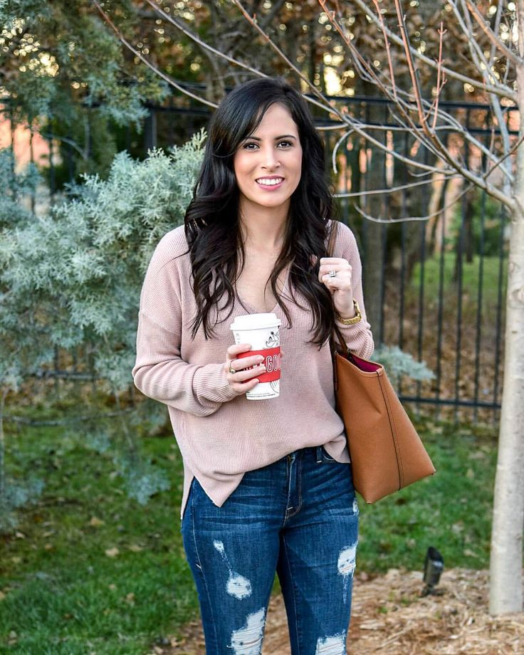 Blush v-neck sweater, pink sweater, Good American Good Legs distressed ripped blue jeans, medium wash jeans, brown coach tote, fall outfit, casual style look
