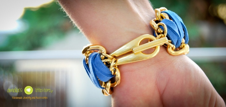 Handmade bracelet with 3 chains!!