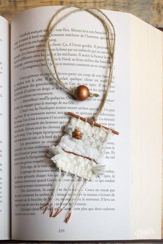 Marque-pages tissage en laine blanc et cuivre
