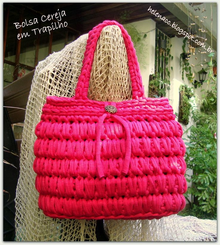 I ALSO ... CROCHETO: Bag in Cherry Trapilho-In Portuguese-Dana