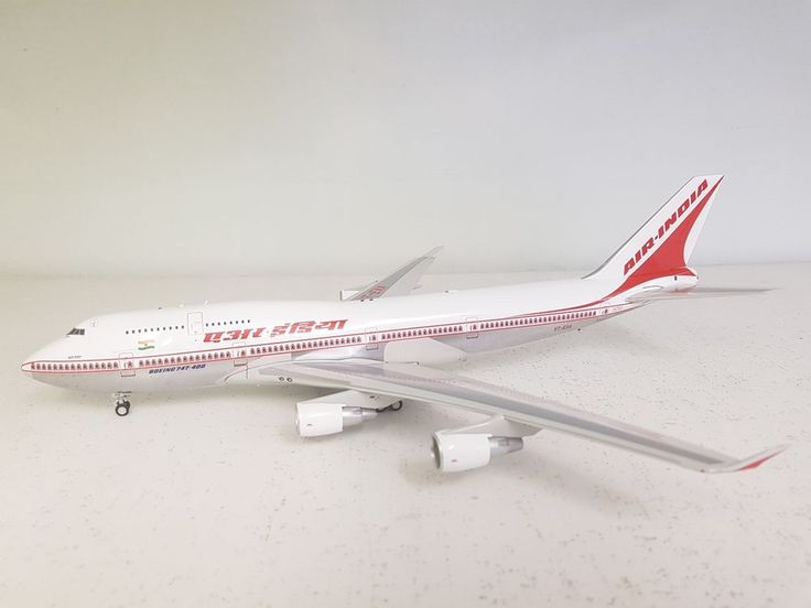 InFlight200 Boeing 747-400 Air India VT-EVA Ref: IF7440218P polished with stand #InFlight200