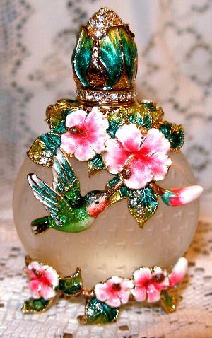 HUMMINGBIRD~Bejeweled Hummingbird & Pink Flowers Austrian Crystal Enamel Perfume Bottle★༺❤༻★