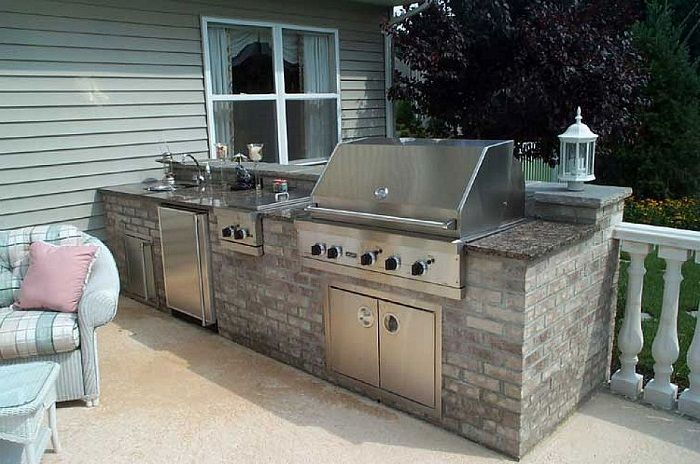 Small outdoor kitchen ideas with stainless appliances