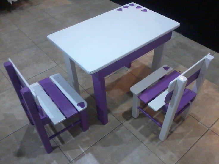 Mesita y sillitas, juego completo. Crudas o pintadas a pedido.