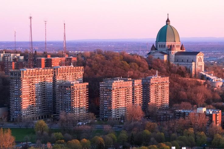 Sunset on CDN, Montreal