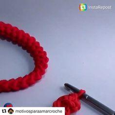stringa di contorto.  E 'utile quando lavoro a maglia cinghie per uno zaino o borsa maniglie.  In contrasto con il classico pizzo, ritorti giri più denso e meno elastico, che è importante per le borse.  Tra l'altro, come ornamento sarà grande - primavera arriverà una volta nibud💃🏻 masterclass # # # gancio pizzo a maglia # # # tpryazha trikotazhnayapryazha #trapillo #crochetvideo #tyarn #crochet #cord #Repost @motivosparaamarcroche