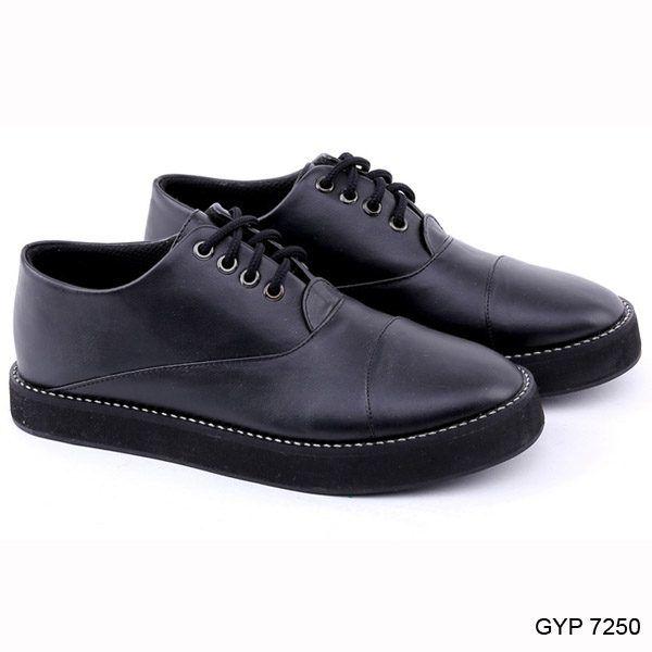 Pin Di Sepatu Kets Wanita Sepatu Cats Wanita Sepatu Ket Wanita