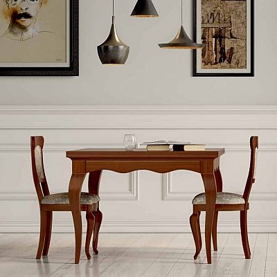 Beautiful, wooden vintage 'Newton' table. Very elegant piece, perfect for a classically furnished room. My Italian Living.