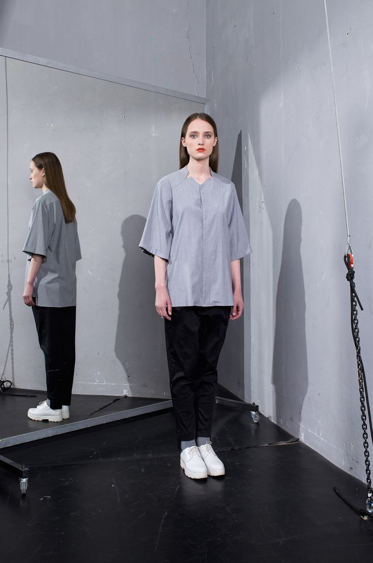 MEI KAWA | Hidden Button Line Grey Shirt
