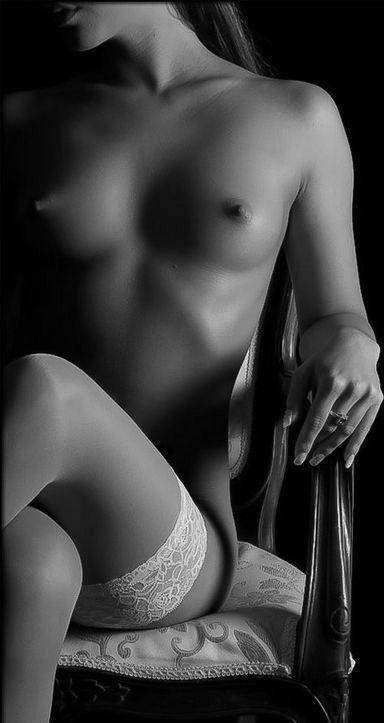 Blackswan b w erotica
