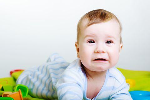 Davanti al pianto disperato di un neonato ogni genitore è disorientato e senza soluzioni e poco conta se è il primo, il secondo o il terzo bimbo nato