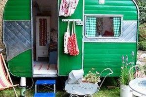 Vintage Camper turned PlayhouseVintage Trailers, Old Campers, Vintage Caravan, Plays House, Green, Playhouses, Kids, Play Houses, Vintage Campers
