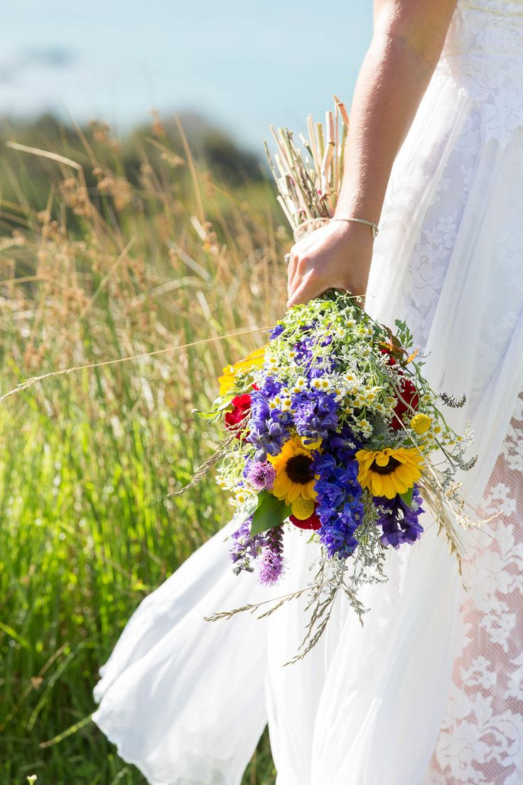 Wedding Photography, Beach Wedding, Bride and Groom, New Zealand, Laura and Grant Images, L&G Images, wedding flowers