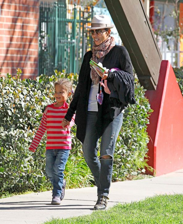 Stylish Celebrity Mom: Halle Berry Leave it to Halle Berry to make her baby number two announcement (a boy to join big sis Nahla) on the red carpet in a body-con, cutout Michael Kors dress. Glamour.com