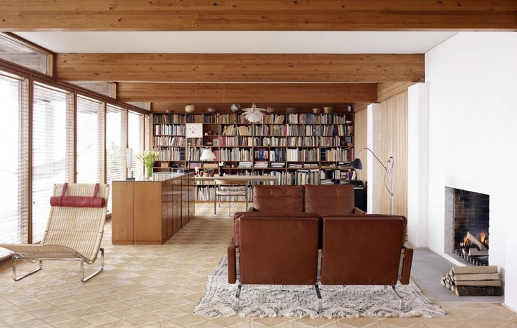 kjaerholm house by hanne kjaerholm furniture by poul kjaerholm, rungsted kyst, Denmark