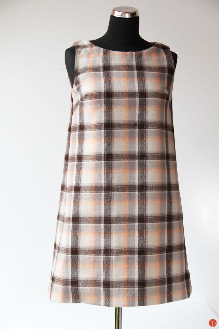 Dress made from wool flannel, pattern Burda Style 3/2016