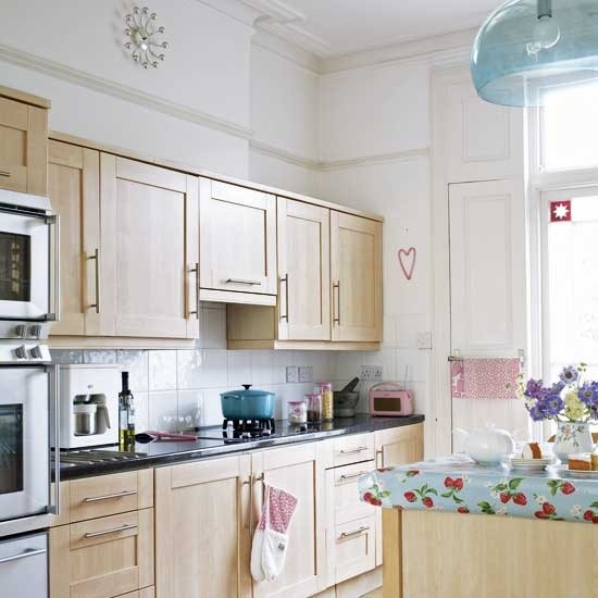 Kitchen Design Light Wood Cabinets: Wood Cabinets, White Kitchens And Concrete Countertops
