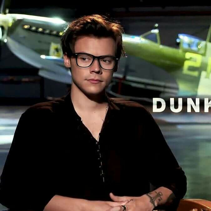 Can you imagine if he wore glasses for real!