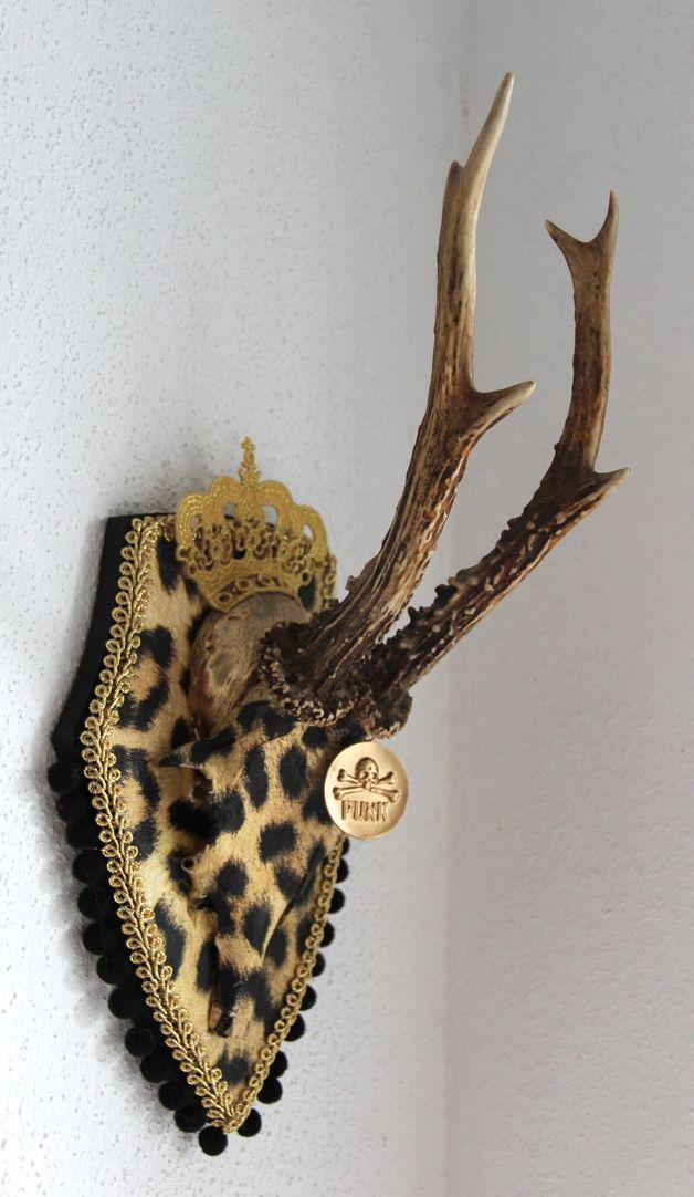 verkauft Geweihe & Trophäen - Geweih *♥ LEO-PUNK ♥* Krickerl, Krone, UNIKAT - ein Designerstück von edelkitsch bei DaWanda