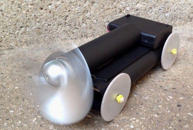Kreative Bastelideen mit elektronischen Bauteilen. Für Kinder im Grund- und Vorschulalter.