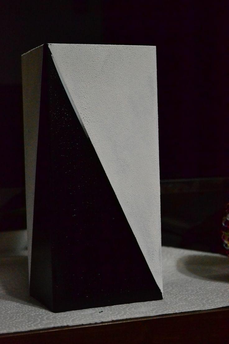The vase = 1 step