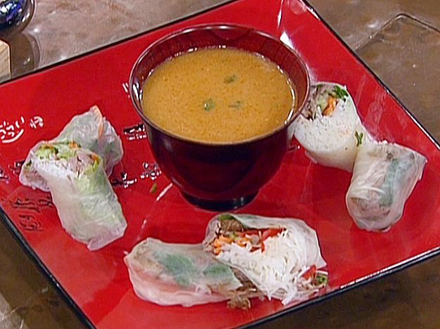 Emeril's Cochon De Lait Spring Rolls with Satsuma-Honey Mustard Dipping Sauce from FoodNetwork.com