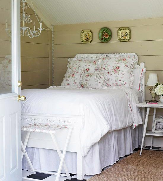 Extra Bed: Cottages Style, Floral Prints, Guest Bedrooms, Cottages Bedrooms, Shabby Chic, Guest House, Guest Beds, Guest Rooms, Vintage Style