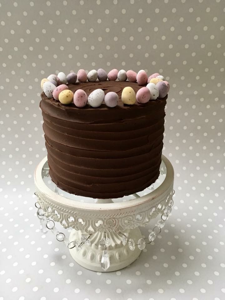 Easter cake by Cakes by Carol in Yaxley - pic from Facebook