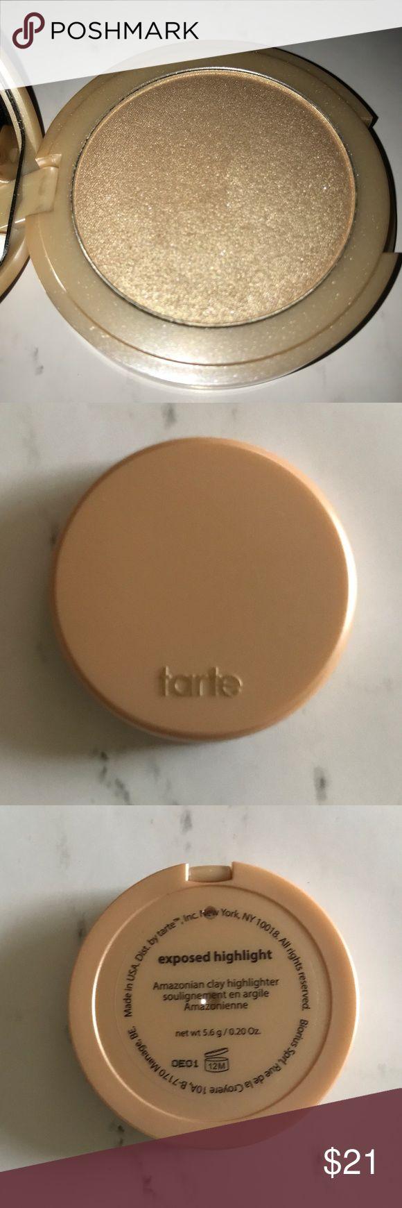 """Tarte Highlighter in the shade """"Exposed"""" ✨✨✨ Tarte Amazonian Clay 12- hour Highlighter in the shade """"Exposed"""" ✨✨✨ tarte Makeup Luminizer"""